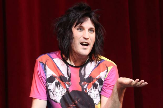 noel fielding chris corner